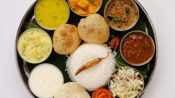 food in vegetarian restaurants in guruvayoor