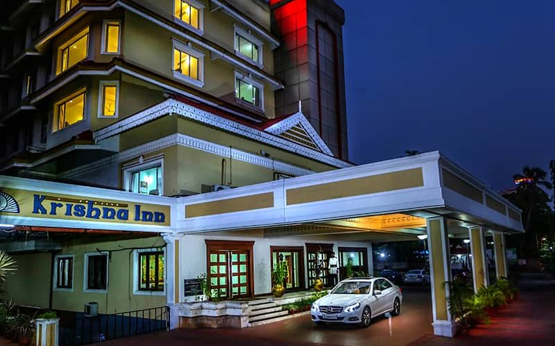 best luxury hotels in guruvayur krishna inn
