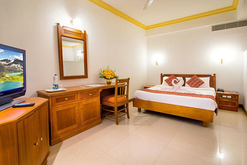 The interior of best rooms near Guruvayoor Temple- Krishna Inn
