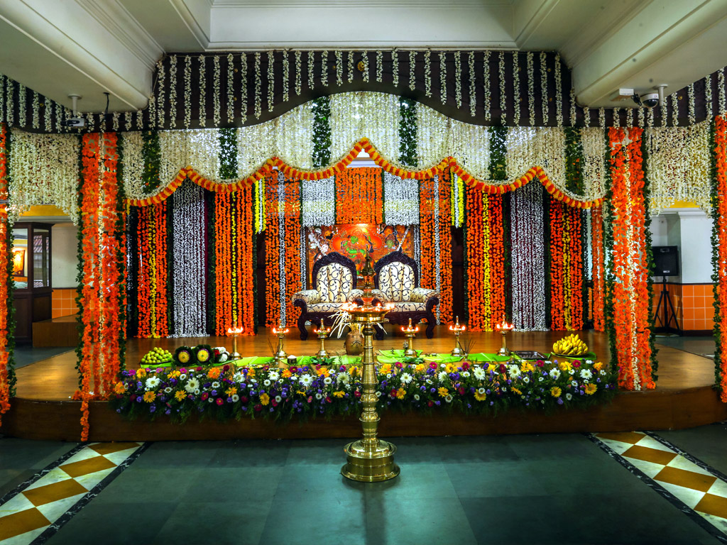 Best Hotel Reservation in Guruvayur